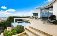 Sophisticated Bird Streets modern home – The high end LA lifestyle